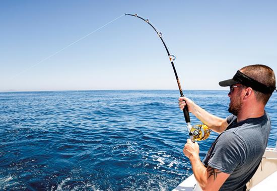 Ein ungerechter Kampf, bei dem der Mensch meistens gewinnt. Auf diesen Moment, den sogenannten Drill, kommt es vielen Anglern an.
