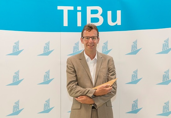 Prof. Dr. Achim Spiller erhält als Leiter des Lehrstuhls Marketing für Lebensmittel und Agrarprodukte der Universität Göttingen den TiBu in der Kategorie Wissenschaft.
