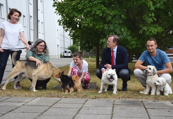 """Die Aktion """"Kollege Hund"""" im Thüringer Ministerium für Arbeit, Soziales, Gesundheit, Frauen und Familie."""