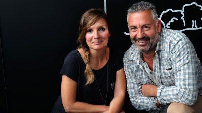 TV-Moderatorin Simone Sombecki und Hundeexperte Andreas Ohligschläger.