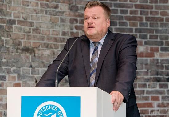 Thomas Schröder bei der Eröffnungsrede des Parlamentarischen Abends