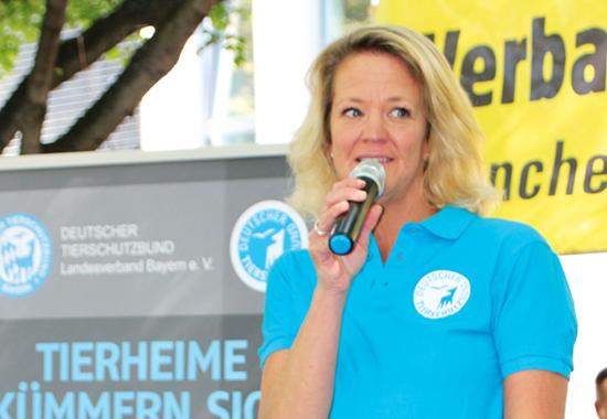Für Landesverbandspräsidentin Nicole Brühl, die bayerischen Tierschützer und Tierschutzvereine darf es nicht bei der einmaligen Förderung bleiben.