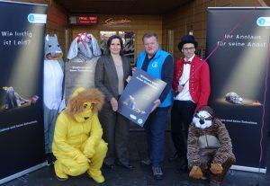 Dass fahrende Unternehmen die Ansprüche von Wildtieren nicht erfüllen können, bekräftigte Thomas Schröder, Präsident des Deutschen Tierschutzbundes (Mitte), in Hamburg.