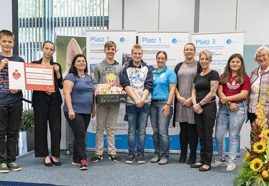 Preisträger des Adolf-Hempel-Jugendtierschutzpreises 2019: Mittelschule und Tierheim Nördlingen