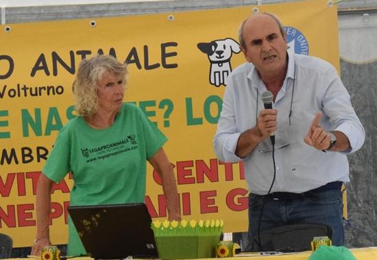 Zahlreiche Gäste, unter anderem lokale Politiker, lobten auf der Jubiläumsfeier das Engagement der Lega Pro Animale.
