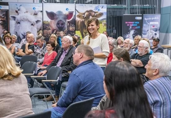 Simone Sombecki moderierte die Fishbowl, ein modernes Diskussionsformat.