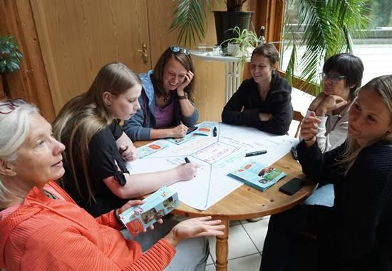 Teilnehmerinnen der Tierschutzlehrer-Weiterbildung